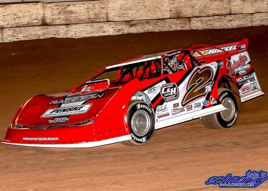 Overton and Rum Runner Racing Show Strength Early at the Wild West Shootout